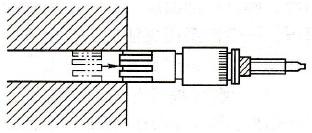 Roller burnishing process of workpiece surface
